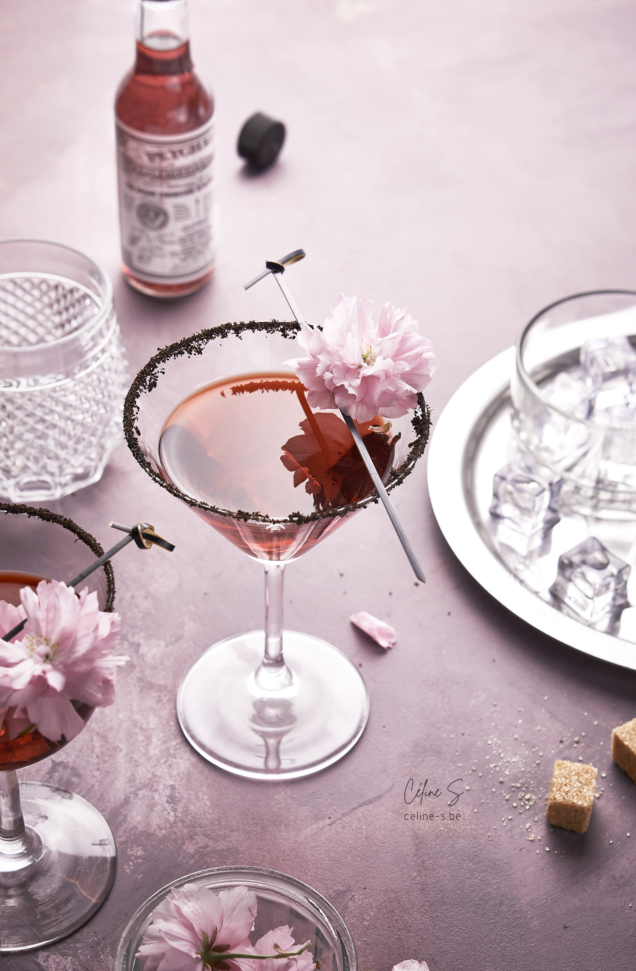 Céline Stiévenard - food photography - photographe et styliste culinaire - photo et recette de cocktail maison angostura triple sec et prosecco - Liège, Belgique