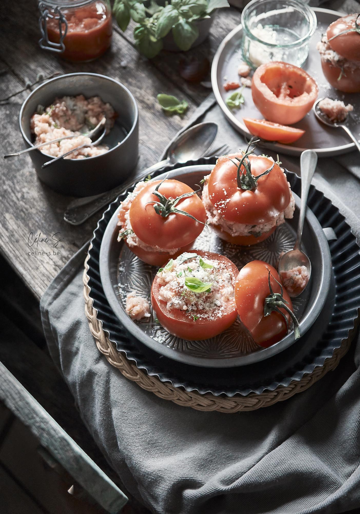 céline Stiévenard - recette et photo tomates farcies à l'italienne au riz - - styliste culinaire food - création de photo food - Liège, Belgique